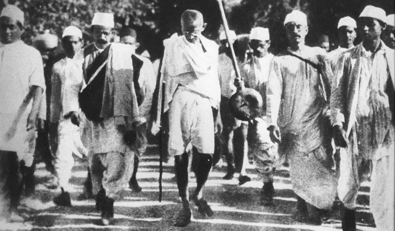 Mohandas Gandhi began his 200-mile march to protest the British salt tax.